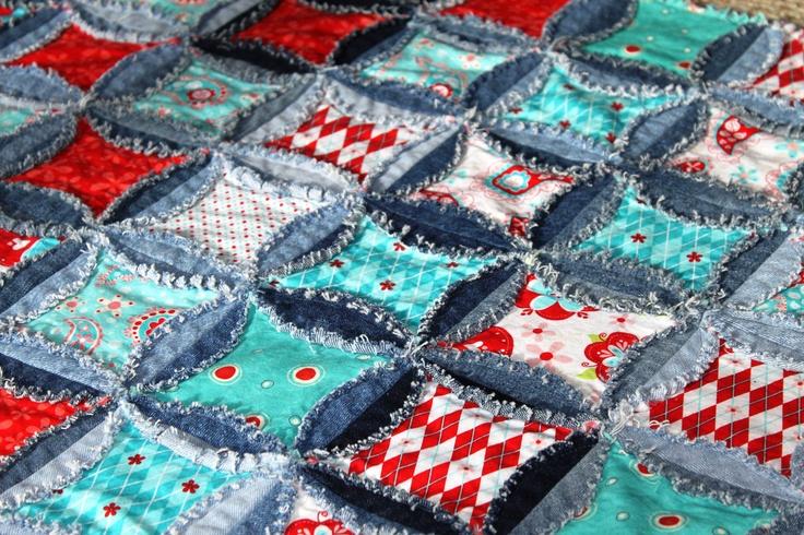 Denim Quilt Patterns Free : QUILT PATTERN Denim Circle Rag Quilt. Rag Quilts Pinterest