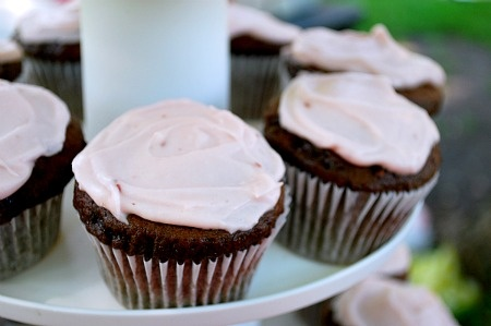Chocolate Lambic Cupcakes With Raspberry Cream Cheese Frosting Recipe ...
