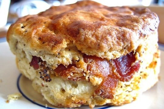 Bacon Buttermilk Biscuits | Yummy in my Tummy | Pinterest