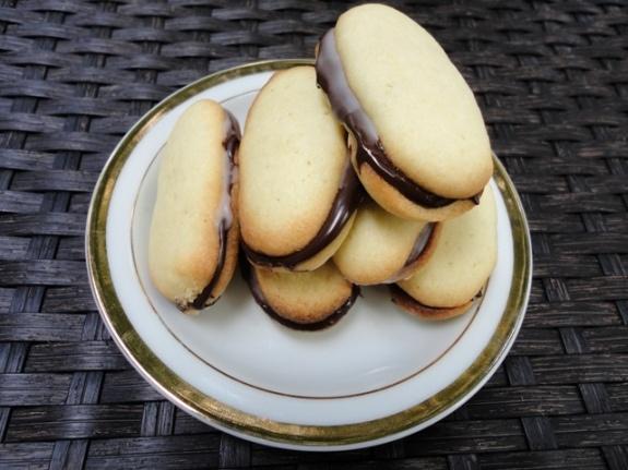 Homemade Mint Milanos! YUM! | FOOD | Chocolate Addiction | Pinterest