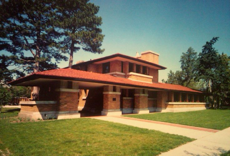Allen lambe house the last of frank lloyd wright s prairie for Frank lloyd wright prairie style house plans