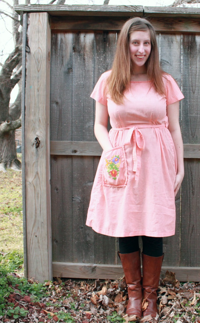 "awesome ""apron"" dress with pocket!"