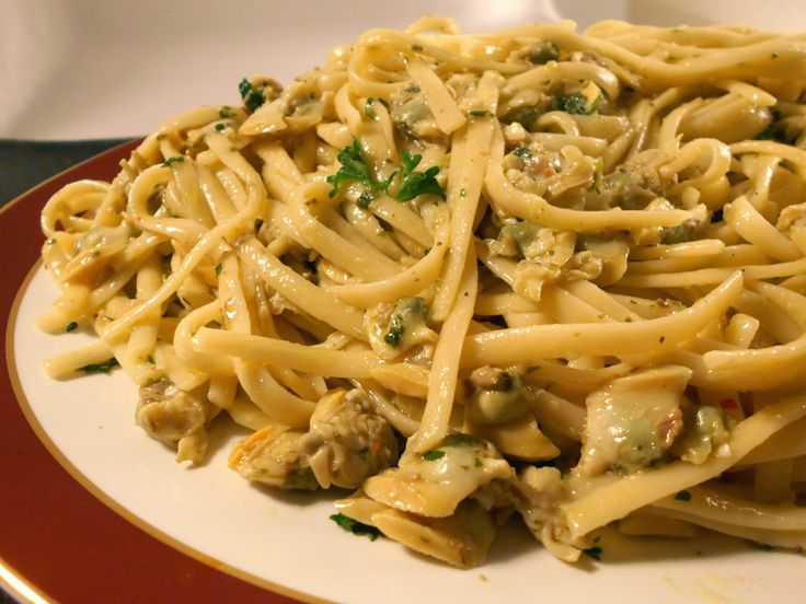 37 Cooks: Linguini with White Clam Sauce | Recipes | Pinterest