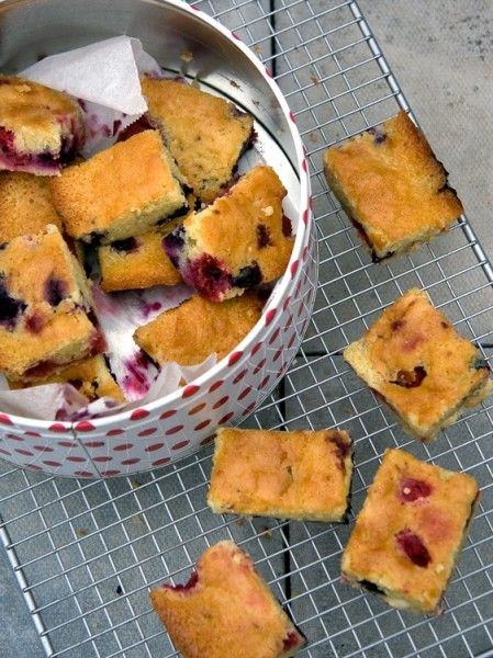 Crumbs and Corkscrews - Raspberry and Blueberry Blondies