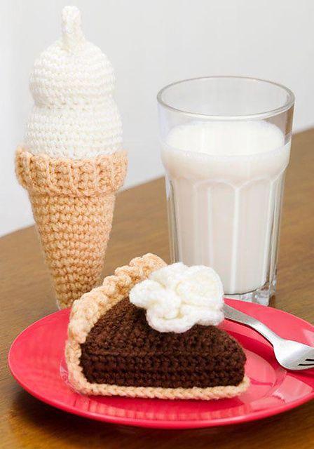 Ravelry: Chocolate Pie & Ice Cream: Chocolate Pie pattern by Michele Wilcox