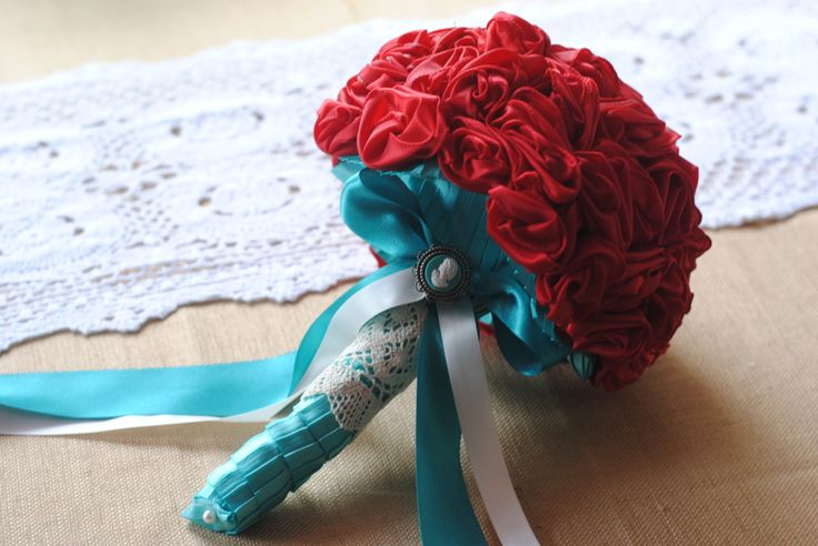 red and teal wedding bouquet