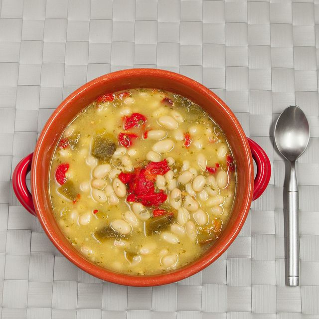 Pesto Roasted Pepper White Bean Soup recipe- I'm not sure what kale ...