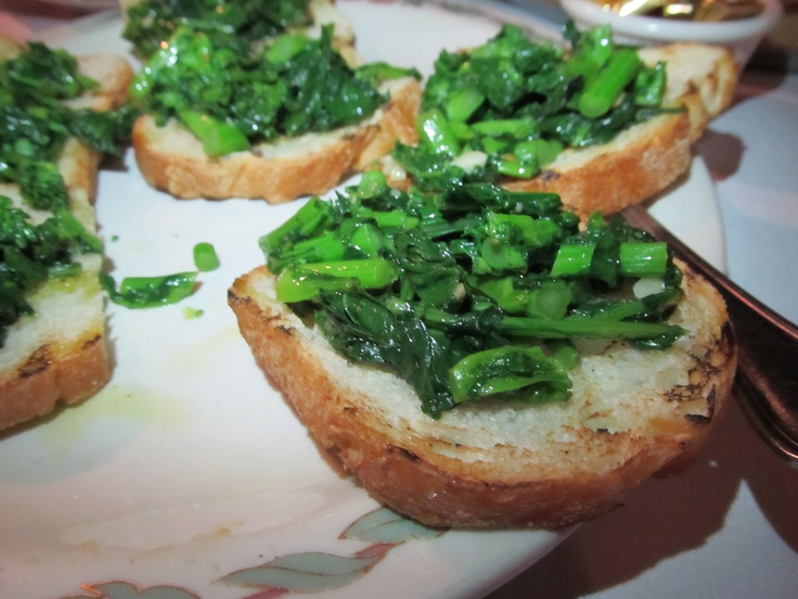 spicy broccoli rabe bruschetta recipes dishmaps spicy broccoli rabe ...