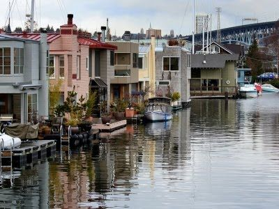 Seattle floating homes traveler dreams pinterest - Floating house seattle ...