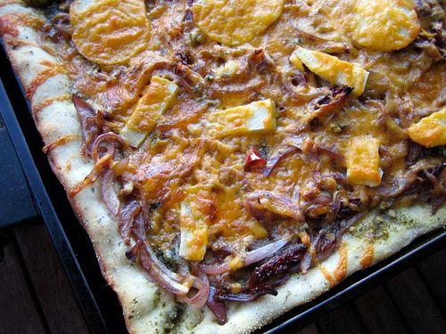 Apple, Cheddar, Caramelized Onion Pizza | Pizza/Stromboli | Pinterest
