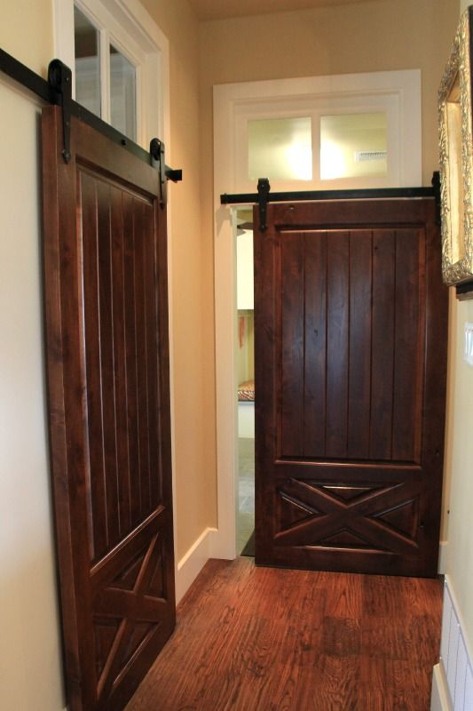 Barn doors for interior doors for Barn door interior doors