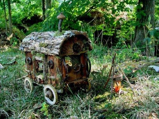 Mini wooden wagon wheels