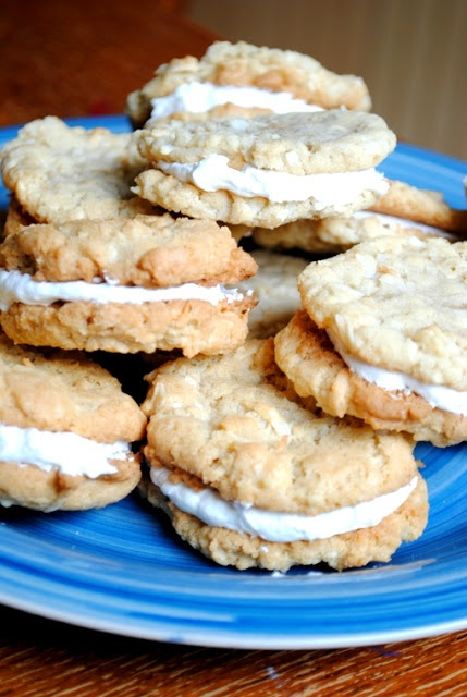 Cooke's Frontier: Coconut Oatmeal Cream Sandwiches