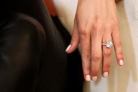 Jennifer hawkins engagement ring put a ring on it for Jenn im wedding ring