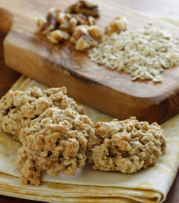 Chewy Low Fat Banana Nut Oatmeal Cookies | cookies | Pinterest