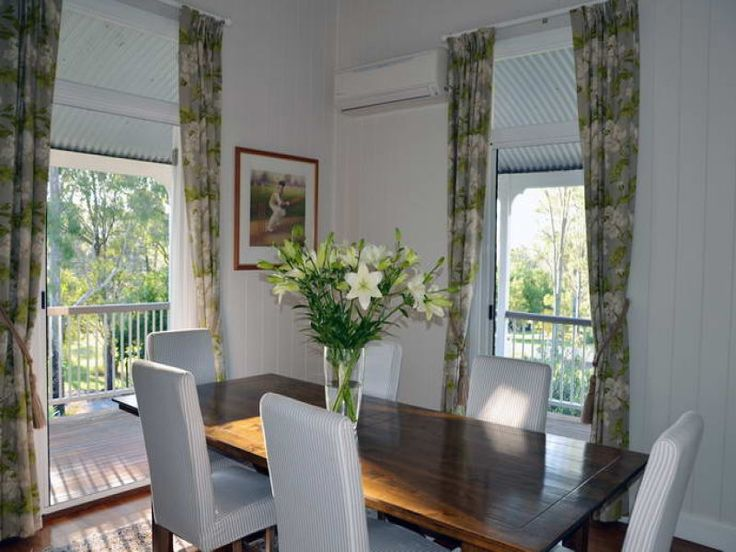 lovely dining room curtains