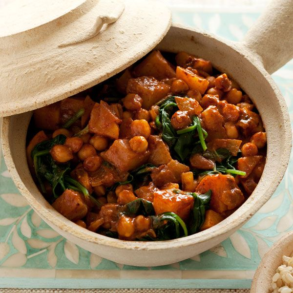 Butter chickpea, potato & spinach curry | Gluten-free Cooking | Pinte ...