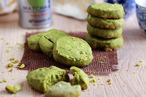 Matcha Almond Cookies - green tea + almonds + chunky + chewy ...