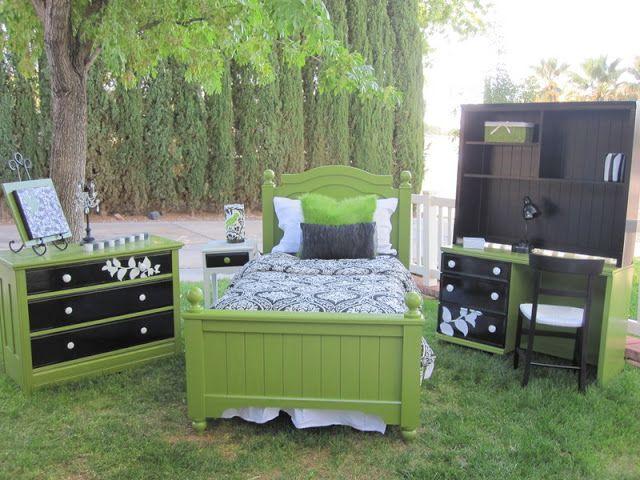 Whimsical Green Black White Bedroom Decor Bedroom