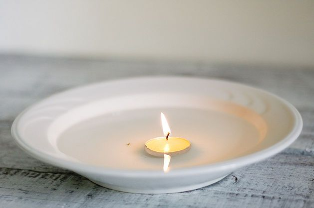 do you light candles on rosh hashanah