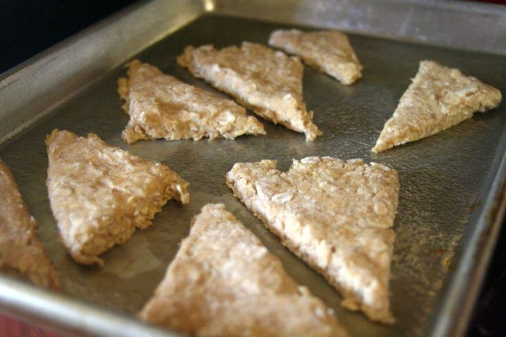 Scottish oat cakes make with oat flour instead of wheat