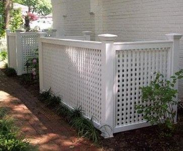 Lattice Enclosure to hide garbage cans