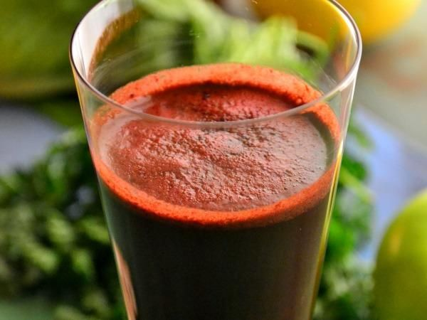 , Beet, and Mint Juice. Feeling bloated? Drink this ruby-green juice ...