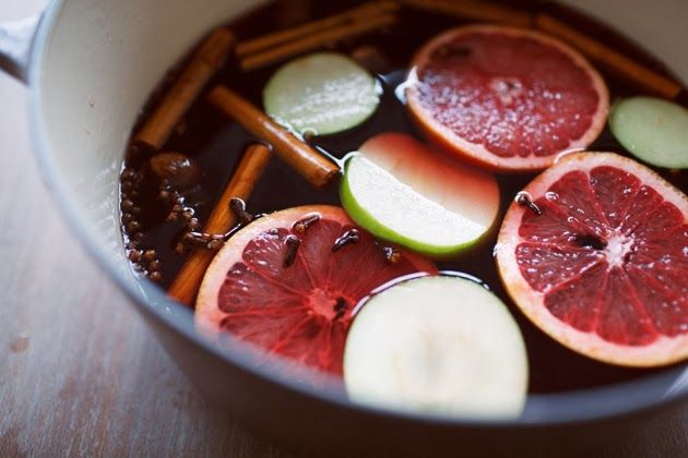 mulled apple cider with red wine and grapefruit