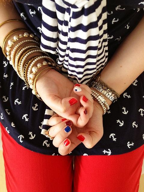 4th of July inspired nails -- #fashion #nails #nautical #patriotic