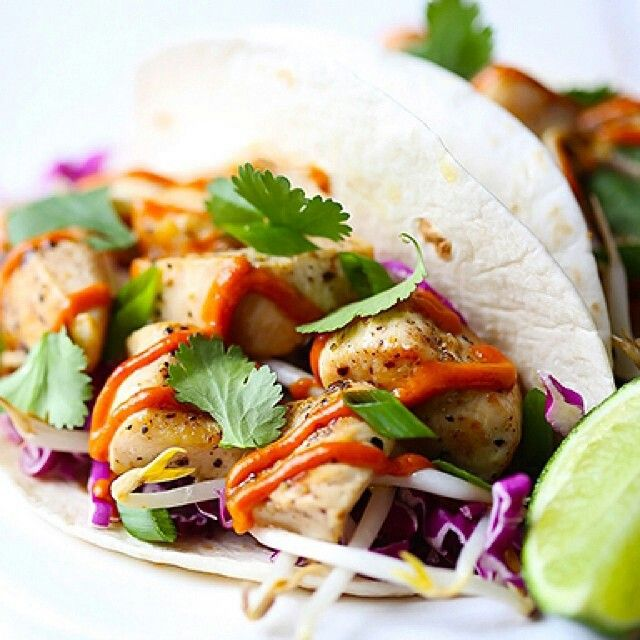 THAI CHICKEN TACOS | HEALTHY FOOD | Pinterest