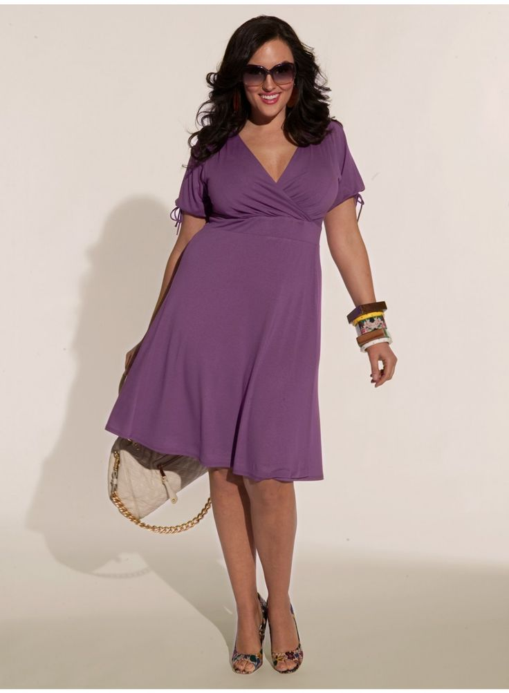 Angie Dress in Lilac.