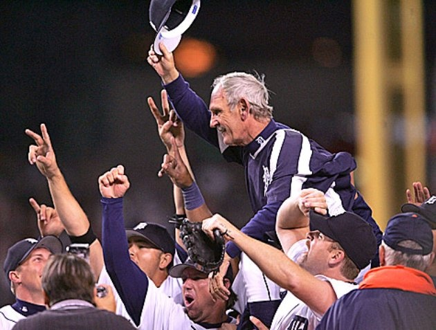 2006 World Series Bound!  Hoisted up Jim Leyland!!