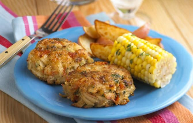 Maryland Crab Cakes | Fish recipes | Pinterest