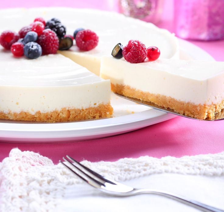 Lemon Cheesecake On A Ginger Crust Recipe | BakingMad.com