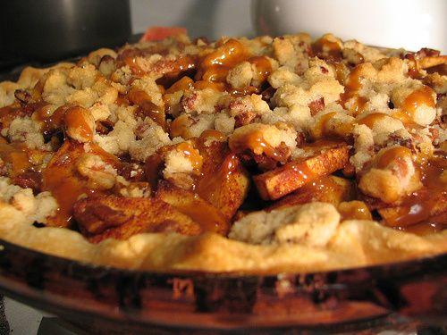 Caramel-Pecan Apple Pie | Dessert | Pinterest