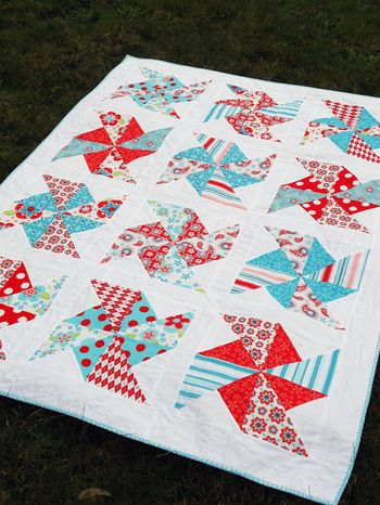 Pinwheels in the park quilt from Four Wise Monkeys