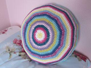 Crochet tutorial: Seamless rounds when crocheting a flat