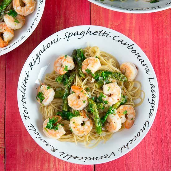 & Fabulous! Shrimp Scampi & Asparagus Pasta is flavored with garlic ...