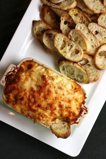 cheesy baked artichoke dip... lindas | Only the best pins | Pinterest