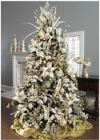 perfectlyfestive | Winter's Lace Tree - uh oh this year is going to be AMAZING