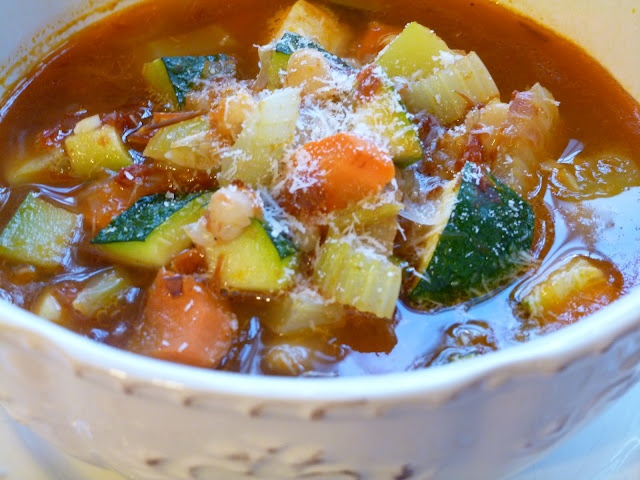 ... : White Bean Soup with Chicken Sausage, Roasted Tomatoes and Zucchini