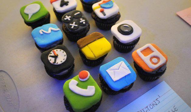 iphone cupcakes | Good looking food | Pinterest