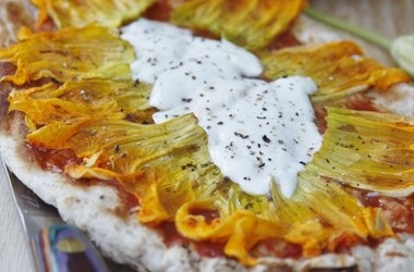 Grilled Squash Blossom Pizza Recipes | SQUASH BLOSSOM RECIPES | Pinte ...