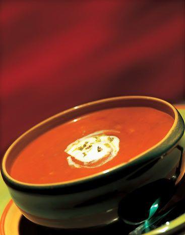 Soups] Cream of Tomato Soup - pass the garlic bread please!