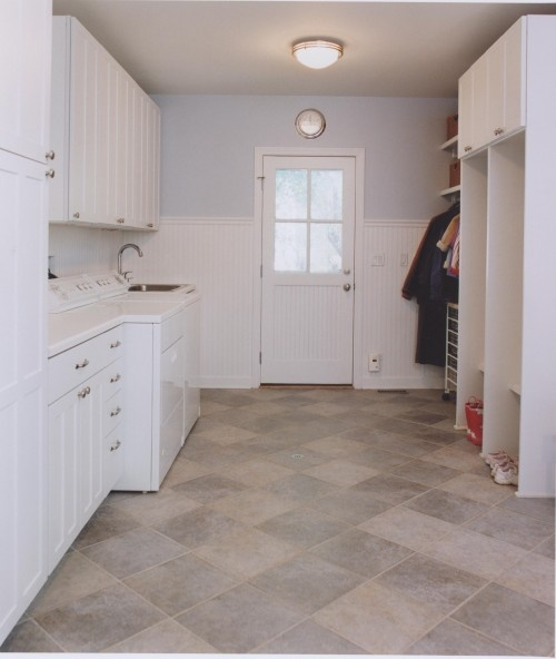 Laundry room mudroom pinterest - Laundry room flooring ideas ...
