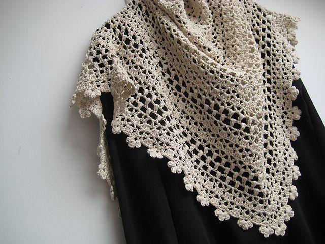 Ravelry Free Crochet Shawl Patterns : Pin by Maggie Figueroa on CROCHET Pinterest