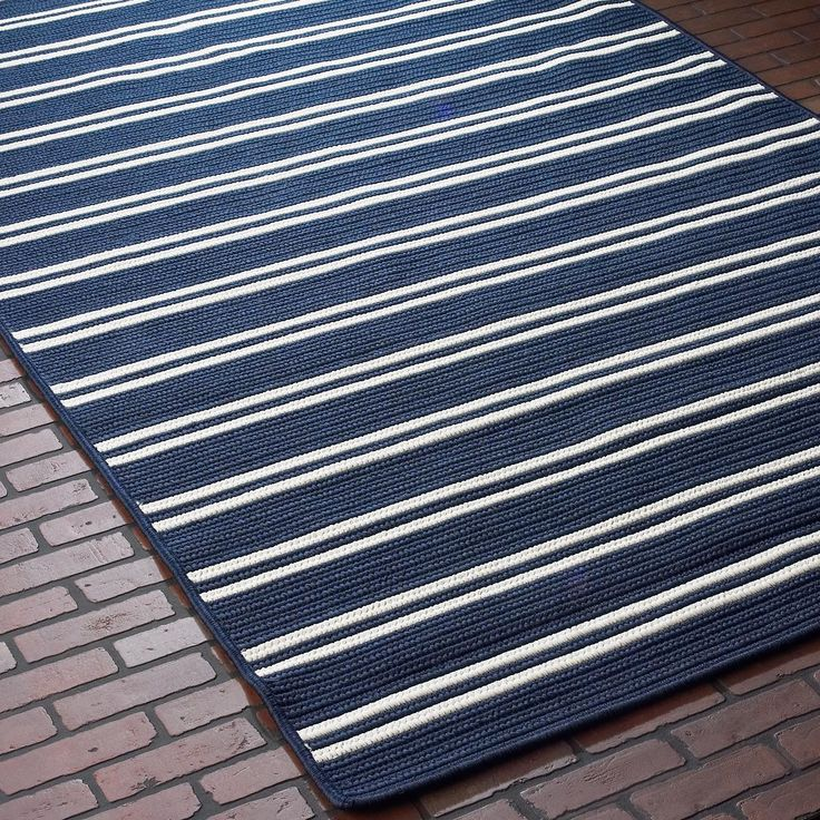 Racing Stripe Indoor Outdoor Rug in navy & white