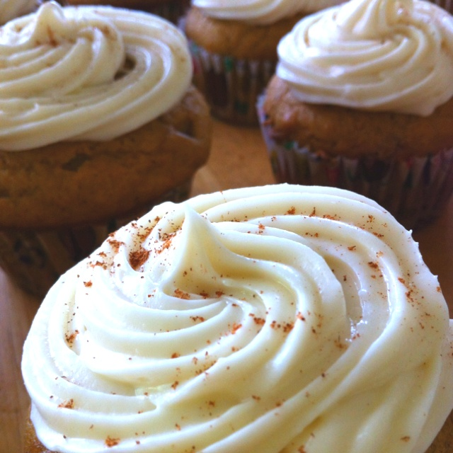 rolls with maple cream cheese frosting pumpkin cupcakes with dreamy ...
