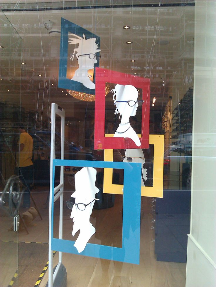 Eyeglass Frame Display Boards : #eyewear window display Escaparatismo Pinterest