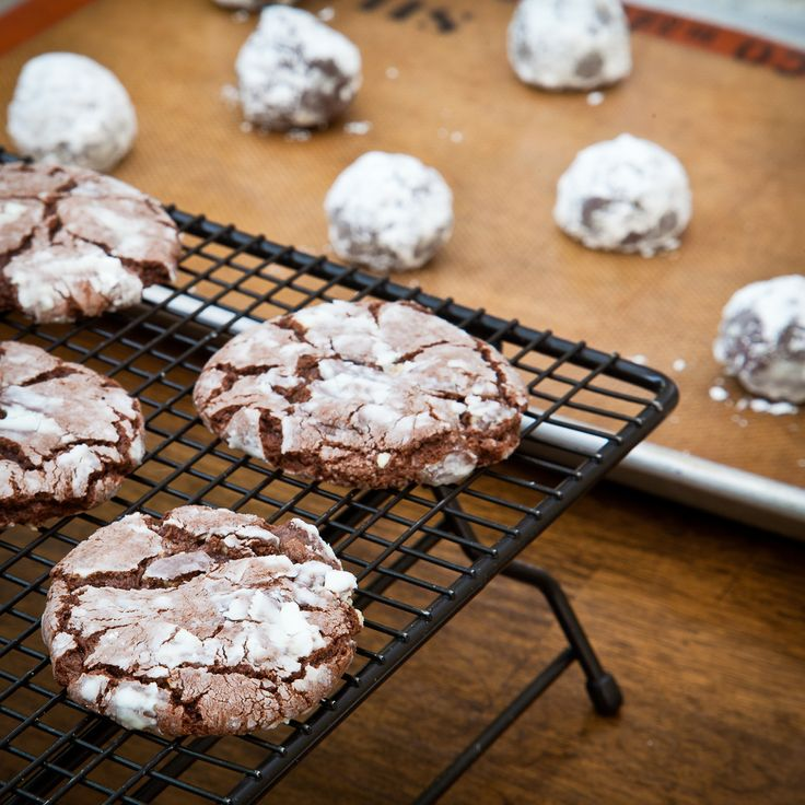Chocolate Mint Crackle Cookies | Recipes to Try | Pinterest